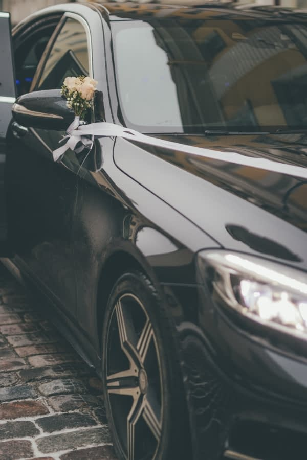 pulmaauto rent tallinnas koos juhiga